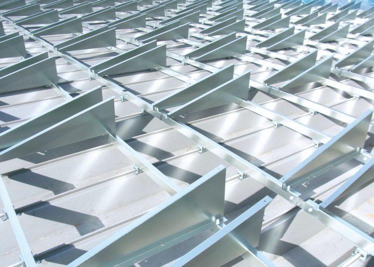 折板屋根施工2